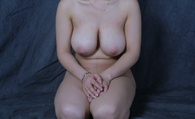 Amateur Korean with huge boobs