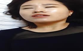 Mature Asian likes to fuck
